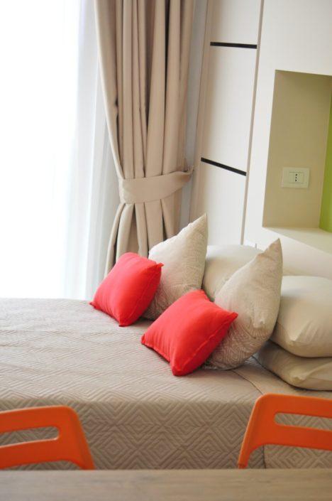 Dettaglio cuscini camera Suite